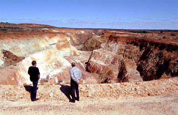 Image Gallery - Old Mine Open Cut Pit