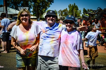 Picture: Happy Colour run participants